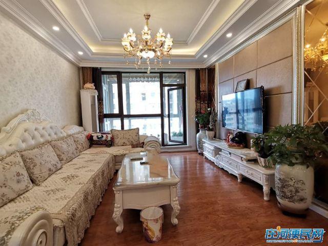 蓝湾国际,三室二厅