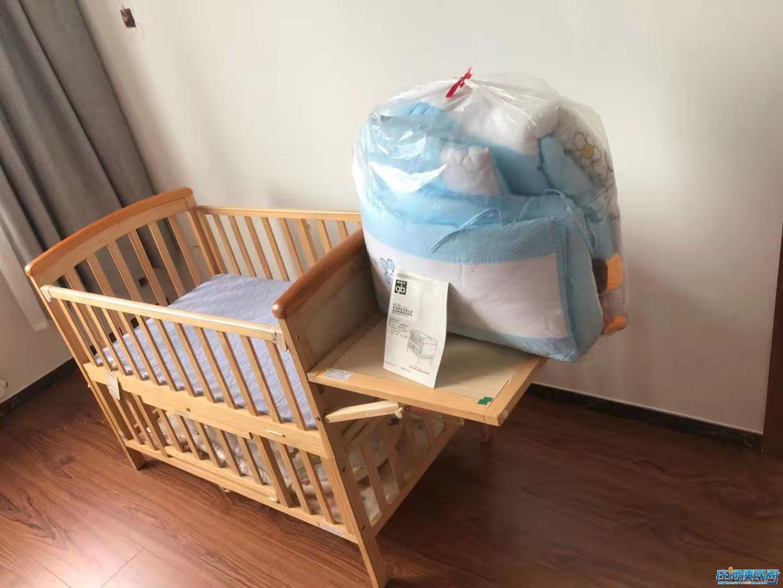 婴儿床全套及婴儿车(纯新没用过)